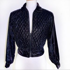 [Plum] Velvet Quilted Cropped Jacket - Size 8P
